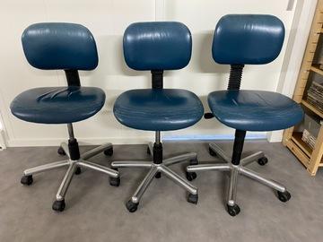 Gebruikte apparatuur: 4 VELA DANMARK stoelen