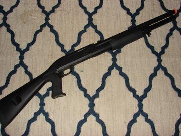 Selling: Airsoft spring shotgun