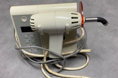 Gebruikte apparatuur: Demetron KERR OptiLux 500