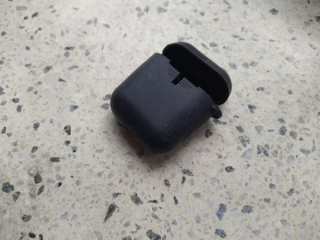 Selling: airphones silicon case