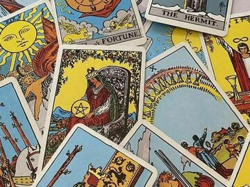 Selling: 10 Card tarot reading on any subject only£17.77