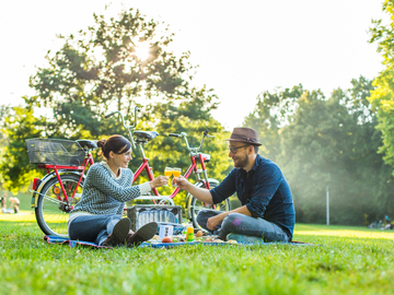 "Tandem bicycle rental: Tandem ""Star"" mit Deluxe Picknick in Leipzig"