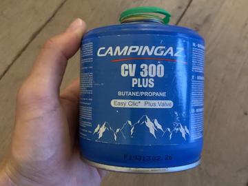 Vente: CARTOUCHE DE GAZ À VALVE CV 300+ POUR RÉCHAUD -  240 GRAMMEs