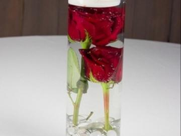 Ostetaan: Ostetaan punaisia tekoruusuja (mieluiten pieniä/lyhyitä)