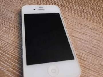 Faire offre: 5 Iphone à réparer