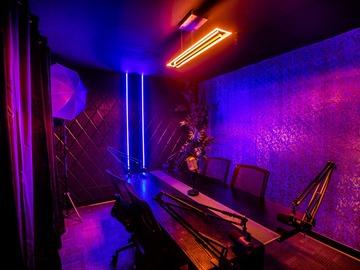 Rent Podcast Studio: House of Creators
