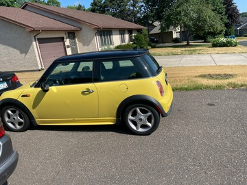 Owner/Supplier: Transport 2003 Mini Cooper from Minnesota to Los Angeles