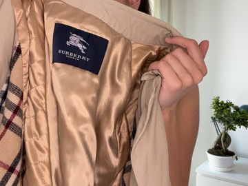 Selling with online payment: Burberry Trench Coat