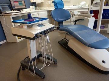 Gebruikte apparatuur: Patiëntenzetel Ultradent GL2020 en Behandel.unit U3000