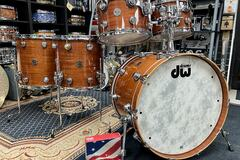 Selling with online payment: DW Contemporary Classic Series, Lacquer Custom Natural Mahogany i
