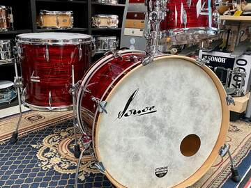 Selling with online payment: Sonor Vintage Series 3pc Shell Pack with Mount