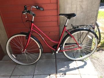 Myydään: Women's city bicycle