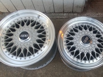 Selling: Staggered BBS RS wheels
