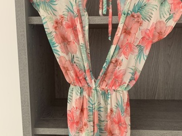 Selling with online payment: Playsuit