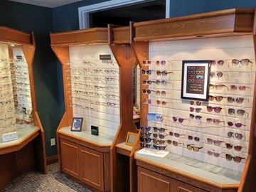 Selling with online payment: Eyewear Gallery Cabinets and Dispensing Tables