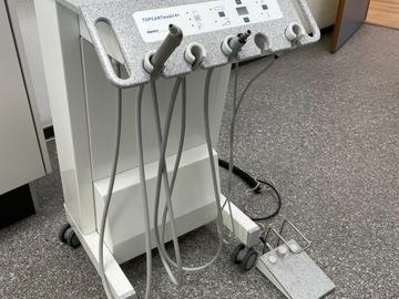 Gebruikte apparatuur: Gigadent topcartmobile 4+ verrijdbare behandelunit