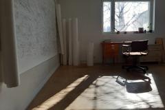Renting out: Alivuokrataan työhuone Roihupellossa