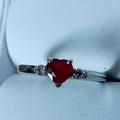 Ilmoitus: Uudenveroinen uniikki timanttirubiinisormus koko 15,5