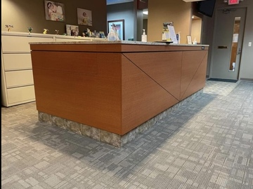 Selling with online payment: Optical displays/ dispensing tables/ front desk