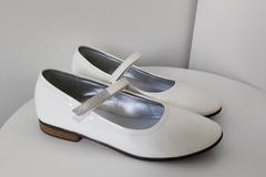 Ilmoitus: Valkoiset ballerinat 36