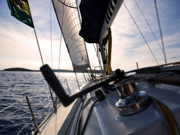 Offering: How Much Does Cleaning a Boat Cost?