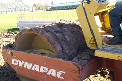 En alquiler: DYNAPAC CA-15 PATA DE CABRA 8TN