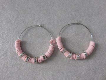Vente au détail: Créoles en acier et perles heishi roses SAM XL