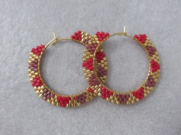 Vente au détail: Créoles tissées en perles miyuki et acier rouges  KARLIE
