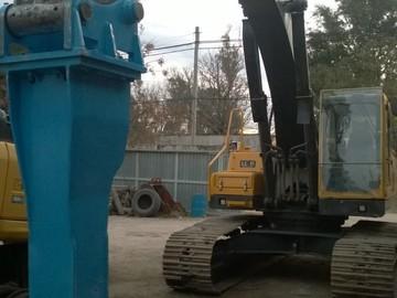 En alquiler: excavadora alquilo