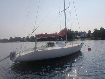 Tilbys: BANNER 28 RACER Virkelig en morsom båt å seile