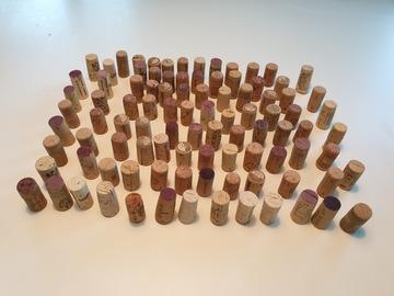 Ilmoitus: Viinikorkki nimikylttipidikkeet