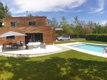 NOS JARDINS A LOUER: Jardin piscine terrasse sans vis-à-vis au calme - Lyon