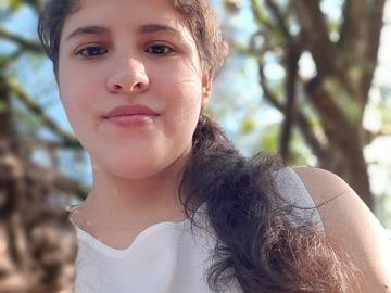 VeeBee Virtual Babysitter: Niñera
