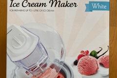 Selling: Ice cream maker: brand new