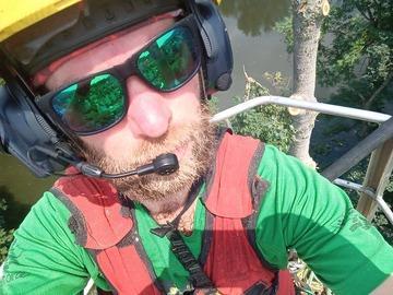 Biete Hilfe: Baumdienst, Höhenarbeiten, Motorsägenarbeiten ab Ende August
