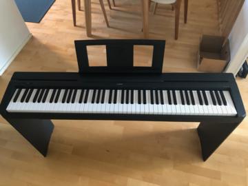 Selling: Yamaha P-45 88 weighted keys digital piano bundle
