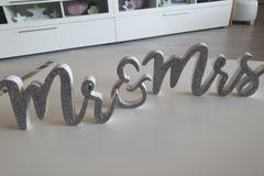 Ilmoitus: Hopeiset Mr&Mrs