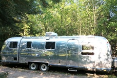 For Sale: 1977 Airstream International