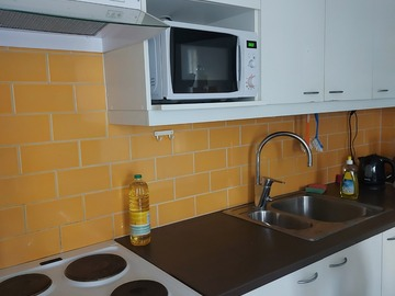 Renting out: Studio apartment available Sep-Dec