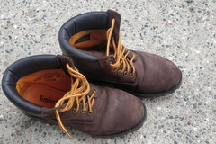 Selling: Timberland Boots (Men)