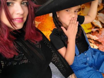 VeeBee Virtual Babysitter: Cuidado de niños