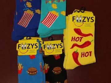 清算批发地: Foozies Socks Assorted. 17 pair sock size 9-11