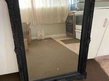 For Sale: Classical Mirror for Sale only 40NZD