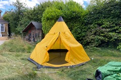 Renting out with online payment: VidaXL 4-person tent - Yellow