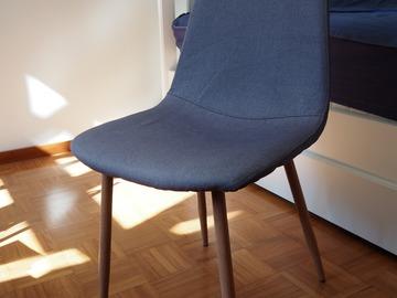 Selling: Kitchen chairs (x4) – JYSK.