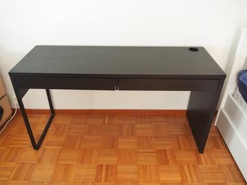 Selling: Desk – IKEA Micke black-brown.