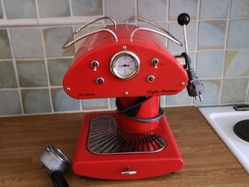 Selling: Coffee machine – Ariete Café Retro.