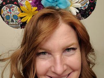 VeeBee Virtual Babysitter: Former teacher / nanny