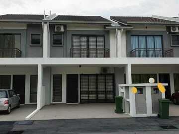 For rent: 2 Storey Terrace Diamond City, Semenyih