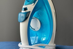 For Sale: Philips easy speed plus steam iron + iron board Included